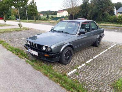 gebraucht BMW 318 is