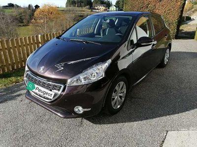 gebraucht Peugeot 208 ACT HDI 68 5T Klein-/ Kompaktwagen