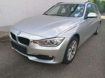 gebraucht BMW 320 320 d (F31) xDrive Touring Navi/Xenon Pickerl neu