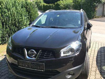 used Nissan Qashqai 1,6 dCi Tekna Start/Stop 4WD DPF SUV / Geländewagen,