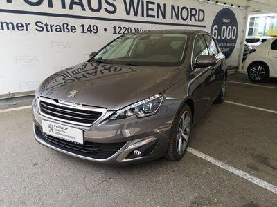 """gebraucht Peugeot 308 1,2 PureTech Allure S&S 17"""" Limousine"""