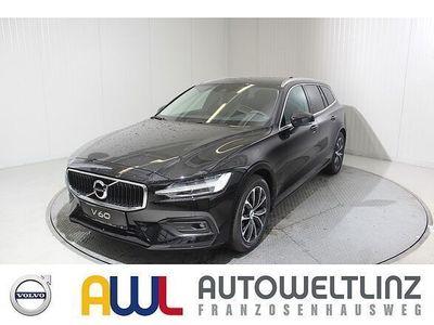 gebraucht Volvo V60 II D4 GEARTRONIC MOMENTUM *Listenpreis 54.430,-*