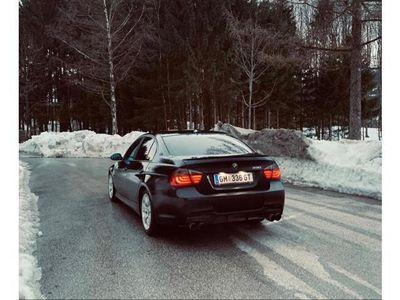 gebraucht BMW 330 3er-Reihe Diesel (E90) Österreich-Paket Aut.