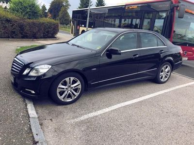 gebraucht Mercedes E300 Avantgarde BlueEfficiency CDI Aut.