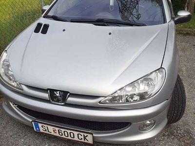 gebraucht Peugeot 206 CC Quicksilver 1,6 HDI 110(FAP) Klein-/ Kompaktwagen