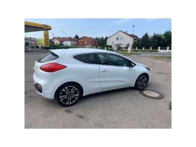 used Kia pro_cee'd pro_cee'd / ProCeed1,6 CRDi ISG Active Pro