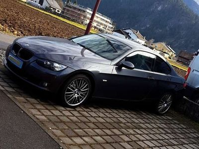 gebraucht BMW 330 3er-Reihe Coupé Diesel (E92) Coupé Aut.