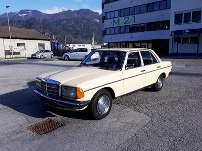 gebraucht Mercedes E200 W123*1.Be*78900 KM*Service&Bremsen Neu*