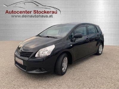 gebraucht Toyota Verso 2,0 D-4D 125 Young DPF Preisgesenkt Kombi / Family Van