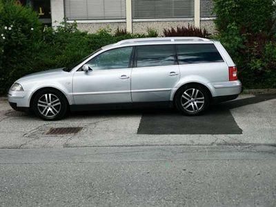 gebraucht VW Passat 2.5l V6 Aut. Kombi / Family Van,