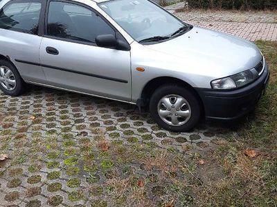 gebraucht Mazda 323 1.3 Klein-/ Kompaktwagen