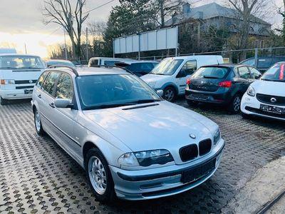 gebraucht BMW 318 3er-Reihe Kombi (E46) touring
