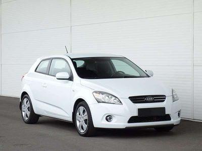 used Kia pro_cee'd cee'd1,6 CRDi Cool DPF ISG / SPORTSITZE Limousine,