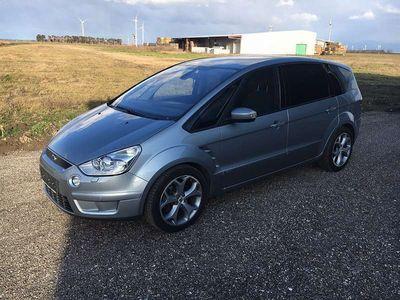 gebraucht Ford S-MAX 2,5 T Titanium Kombi / Family Van