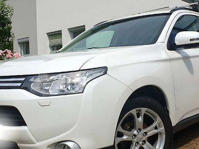gebraucht Mitsubishi Outlander 2.2 DI-D 4WD SUV / Geländewagen