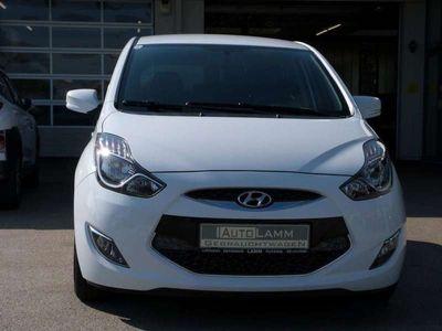 gebraucht Hyundai ix20 1,6 CVVT Comfort Aut. Kombi / Family Van