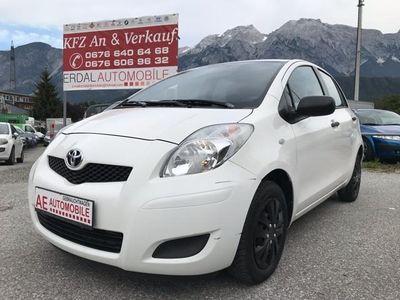 gebraucht Toyota Yaris 1,0 VVT-i Sol