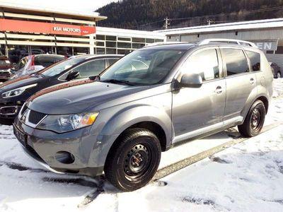 gebraucht Mitsubishi Outlander 2,0 Did Intense SUV / Geländewagen,
