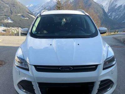 gebraucht Ford Kuga 2,0 TDCi Trend 4x4
