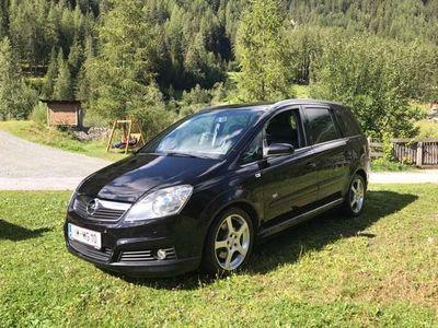gebraucht Opel Zafira Sport 1,9 CDTI Aut. ( OPC Line, Leder, Xenon )