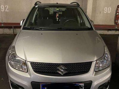 gebraucht Suzuki SX4 1,6 GLX Navigator SUV / Geländewagen