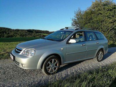 gebraucht Chevrolet Nubira Kombi 1,6 SX Kombi / Family Van