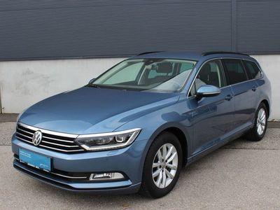 gebraucht VW Passat Variant 2,0 TDI DSG Navi ACC 1.Besitz Kombi / Family Van,