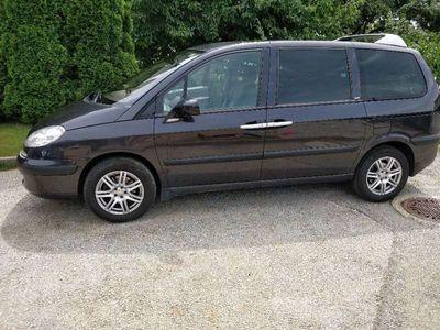 gebraucht Peugeot 807 HDi 130 Family