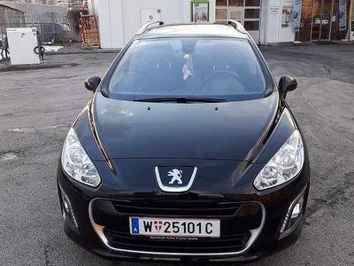 brugt Peugeot 308 SW Act HDI 92 Kombi / Family Van,