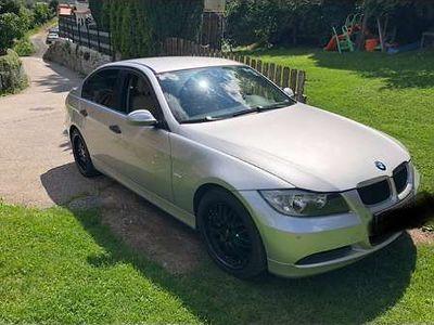 gebraucht BMW 318 3er-Reihe i Limousine