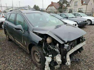 gebraucht Peugeot 308 SW 1,6 HDi 90 Premium Kombi / Family Van