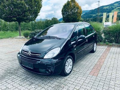 gebraucht Citroën Xsara Picasso 1,6i Millionaire Klimaautomatik 2-Hand