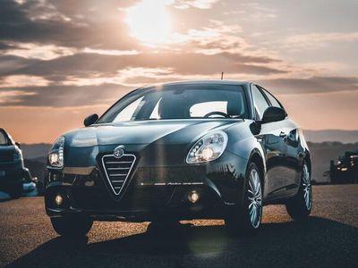 gebraucht Alfa Romeo Giulietta 1,4 TB Distinctive Limousine