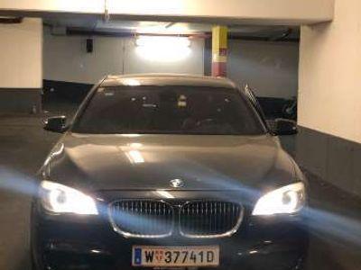 gebraucht BMW 750 7er-Reihe Allrad (F01) xDrive Österreich-Paket A