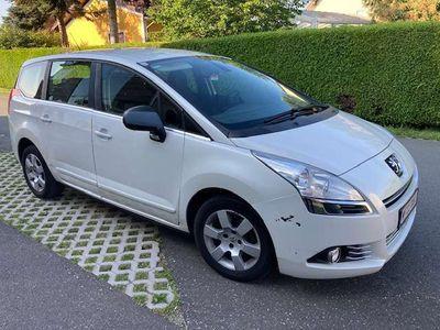 gebraucht Peugeot 5008 5008ACTIV HDI 115 PS WENIGE KM!! Kombi / Family Van