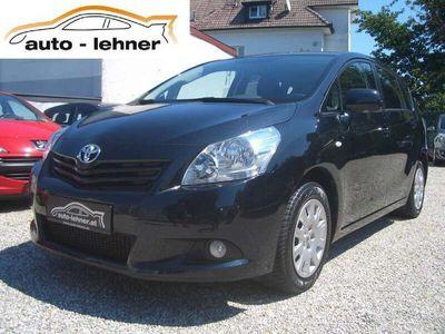gebraucht Toyota Verso 1,6 Valvematic High