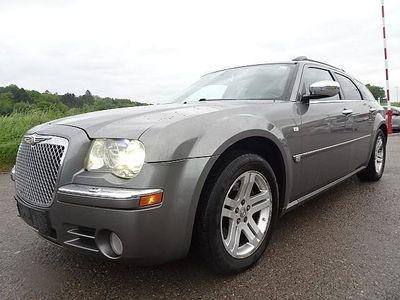 gebraucht Chrysler 300C 3,0 V6 CRD Executive Aut. Kombi / Family Van,
