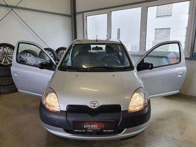 gebraucht Toyota Yaris 1,0 VVT-i Linea Sol, PICKERL BIS: 11/2019, 2.BESITZ Klein-/ Kompaktwagen,