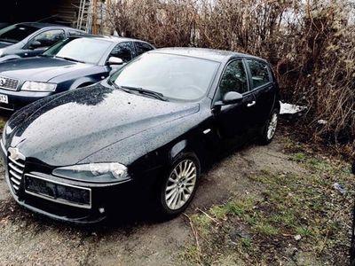 gebraucht Alfa Romeo 147 937/BXB1A/06G Klein-/ Kompaktwagen