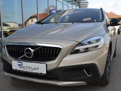 usata Volvo V40 CC Cross Country D2 Cross Country Geartronic