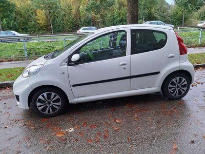 gebraucht Peugeot 107 Klein-/ Kompaktwagen