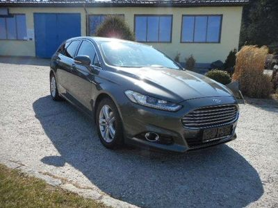 gebraucht Ford Mondeo Kombi Tittanium Automatik - Winterpaket Kombi / Family Van