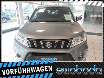 gebraucht Suzuki Vitara 1,0 DICT shine Aut. SUV / Geländewagen