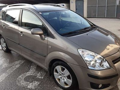 gebraucht Toyota Corolla Verso 2,2 D-4D 135 Linea Sol DPF Kombi / Family Van
