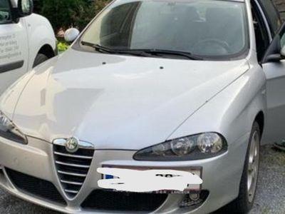 gebraucht Alfa Romeo 147 Alfa 1,9 JTDM 16V Distinctive