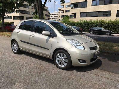 used Toyota Yaris 1,33 dVVT-i Klein-/ Kompaktwagen,