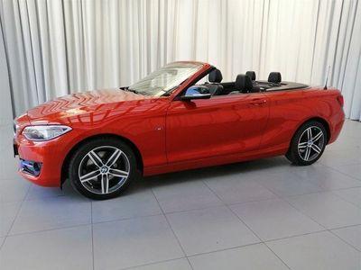 gebraucht BMW 220 2er-Reihe i Cabrio Sport Line Aut. Cabrio / Roadster,