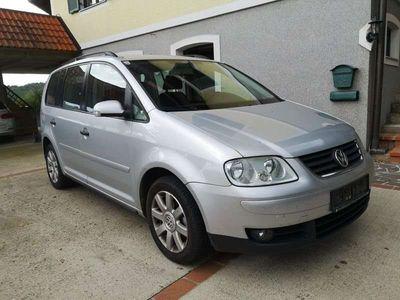 gebraucht VW Touran Conceptline 1,9 TDI DPF Kombi / Family Van