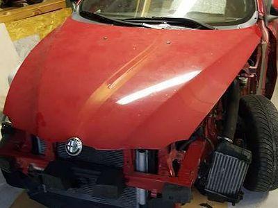 gebraucht Alfa Romeo 147 1.9 jtd ti Klein-/ Kompaktwagen