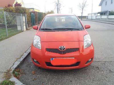 gebraucht Toyota Yaris 1,0 VVT-i Sol Plus